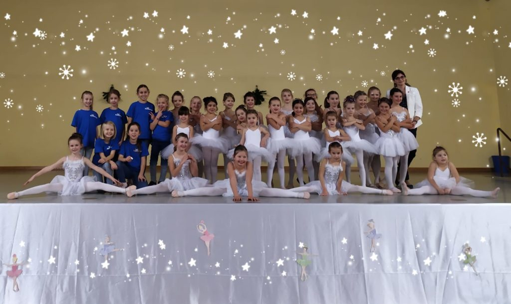 Weihnachtsfeier Balettgruppe & Blaubären
